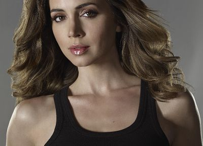 Eliza Dushku - related desktop wallpaper