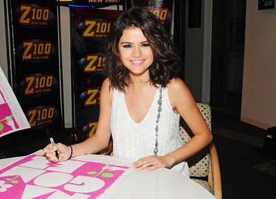 women, Selena Gomez, celebrity - random desktop wallpaper