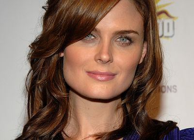brunettes, women, actress, Emily Deschanel - random desktop wallpaper