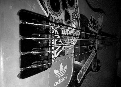 bass guitars, guitars - desktop wallpaper