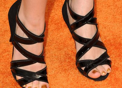feet, Debby Ryan - related desktop wallpaper