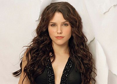 women, celebrity, Sophia Bush, TagNotAllowedTooSubjective - random desktop wallpaper