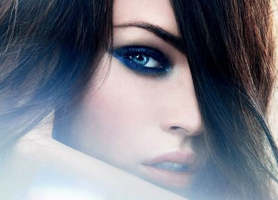 brunettes, women, eyes, Megan Fox, actress, celebrity - desktop wallpaper
