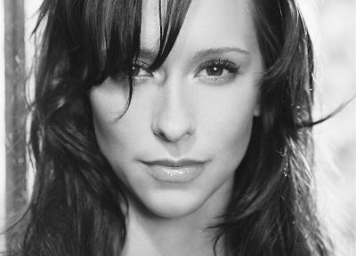 Jennifer Love Hewitt, grayscale, monochrome - desktop wallpaper