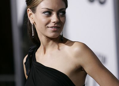 women, Mila Kunis, actress, earrings, black dress - desktop wallpaper