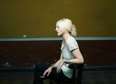 blondes, women, Laura Marling - random desktop wallpaper