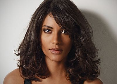 brunettes, women, models, Emanuela de Paula, curly hair, faces - related desktop wallpaper