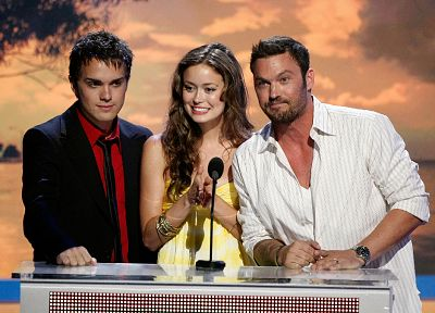 Summer Glau, Thomas Dekker, Brian Austin Green - related desktop wallpaper