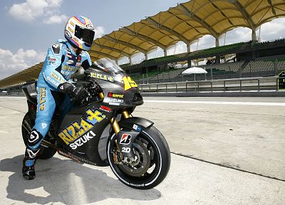 Suzuki, vehicles, Moto GP, motorcycles, race tracks - desktop wallpaper