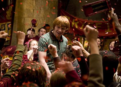 movies, Harry Potter, Harry Potter and the Half Blood Prince, Rupert Grint, Ron Weasley, Gryffindor - random desktop wallpaper