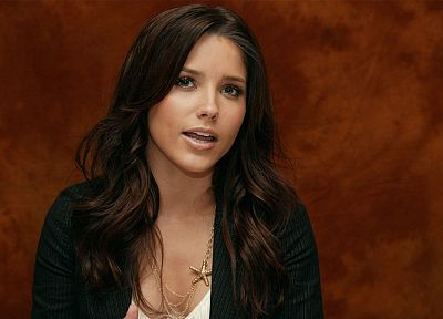 women, celebrity, Sophia Bush, TagNotAllowedTooSubjective - related desktop wallpaper
