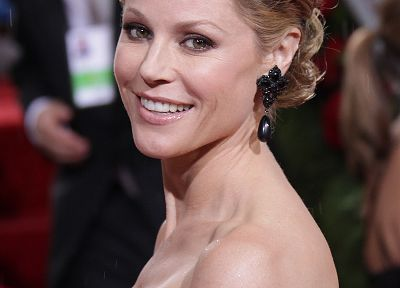 women, actress, MILF, Julie Bowen - random desktop wallpaper