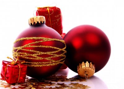 red, Christmas, ornaments - random desktop wallpaper