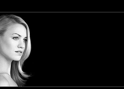 blondes, women, actress, celebrity, Yvonne Strahovski, monochrome - desktop wallpaper