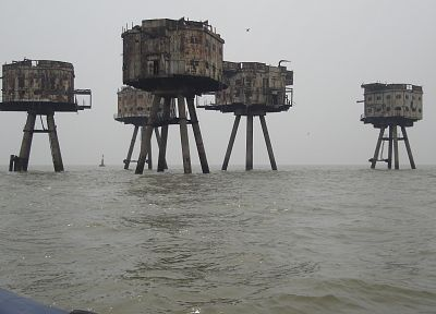 Maunsell Forts, sea - random desktop wallpaper