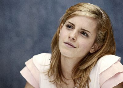 Emma Watson - related desktop wallpaper