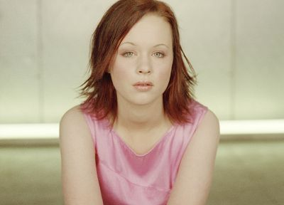Thora Birch - random desktop wallpaper