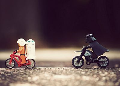 Star Wars, Darth Vader, R2D2, Legos - random desktop wallpaper
