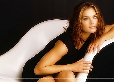 brunettes, women, eyes, Brooke Shields - desktop wallpaper