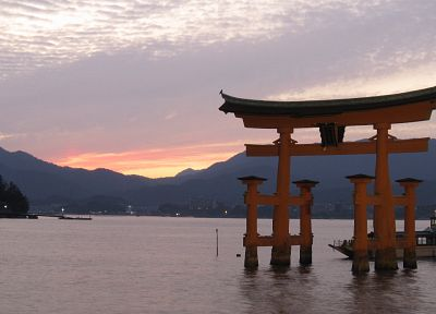 water, Japan, mountains, boats, gate, torii, Japanese architecture, Itsukushima Shrine - random desktop wallpaper
