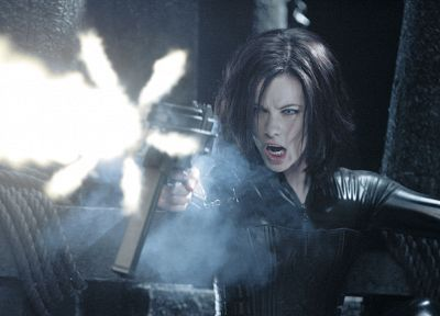 latex, Kate Beckinsale, Underworld, evolution, girls with guns - random desktop wallpaper
