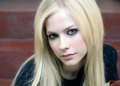 blondes, women, Avril Lavigne, blue eyes, faces - random desktop wallpaper