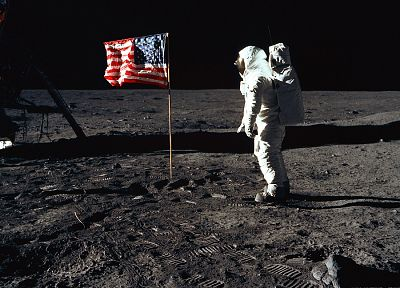 Moon, astronauts, USA, American Flag, Moon Landing - related desktop wallpaper