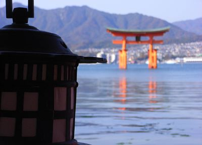 Japan, lanterns, torii, blurred background, Itsukushima Shrine - random desktop wallpaper