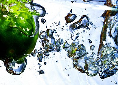 water, bubbles, apples - random desktop wallpaper