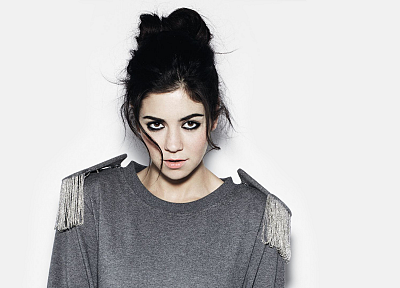 Marina And The Diamonds, white background - desktop wallpaper