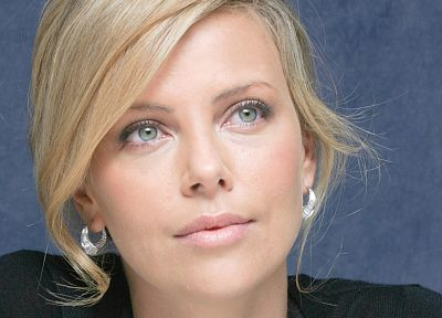 women, Charlize Theron - random desktop wallpaper