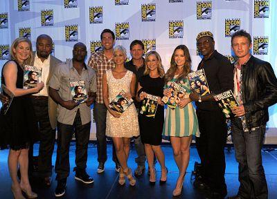 Summer Glau, Julie Benz, Morena Baccarin, Elizabeth Mitchell, Zachary Levi, Comic-Con, Keith David - popular desktop wallpaper