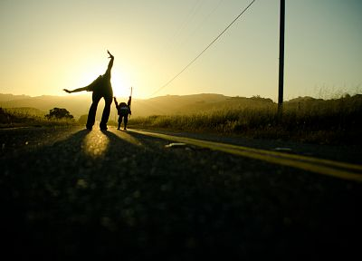 sunlight, roads, rollerskates - random desktop wallpaper