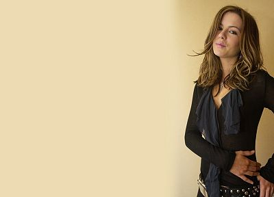 brunettes, women, Kate Beckinsale, shirts - random desktop wallpaper