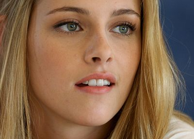 blondes, women, Kristen Stewart, celebrity - related desktop wallpaper