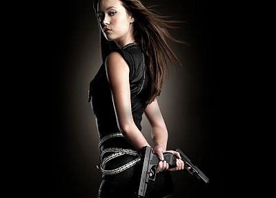 guns, Summer Glau, weapons, Terminator The Sarah Connor Chronicles, Cameron Phillips, black background - random desktop wallpaper