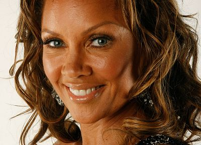 Vanessa Williams - random desktop wallpaper