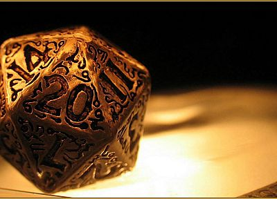 close-up, dice, gold, chance, dnd, 20 Sided Die - random desktop wallpaper