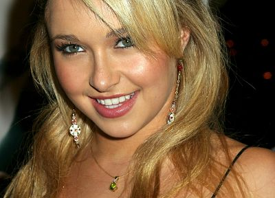 blondes, women, actress, Hayden Panettiere, celebrity - desktop wallpaper
