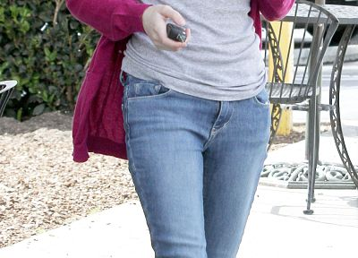 jeans, Emma Roberts - related desktop wallpaper