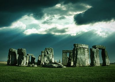 Stonehenge, HDR photography - random desktop wallpaper