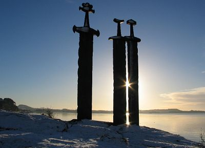 viking swords - random desktop wallpaper