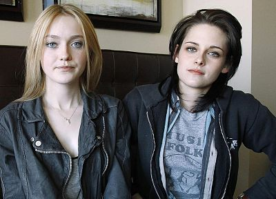 women, Kristen Stewart, actress, Dakota Fanning - related desktop wallpaper