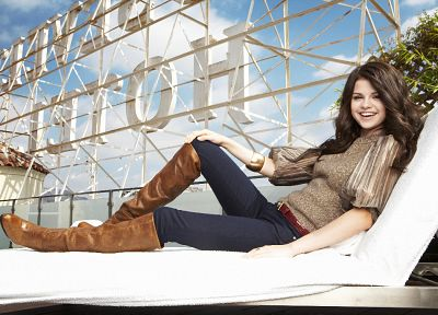 brunettes, women, Selena Gomez, celebrity - desktop wallpaper