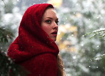 blondes, women, actress, Amanda Seyfried, Red Riding Hood (movie) - random desktop wallpaper