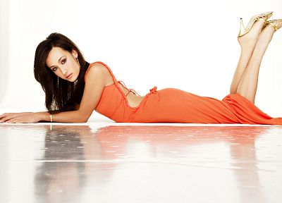 brunettes, women, high heels, Maggie Q, lying down, white background, legs up - desktop wallpaper