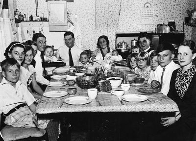 vintage, family, grayscale, monochrome, dinner - random desktop wallpaper