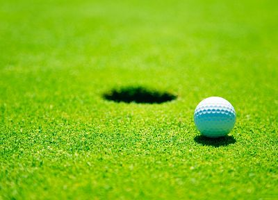 green, grass, golf, depth of field, golf balls - random desktop wallpaper