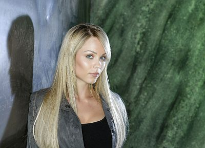 women, Laura Vandervoort - duplicate desktop wallpaper