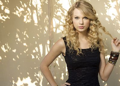 brunettes, blondes, women, Taylor Swift, celebrity, shadows, bracelets - desktop wallpaper
